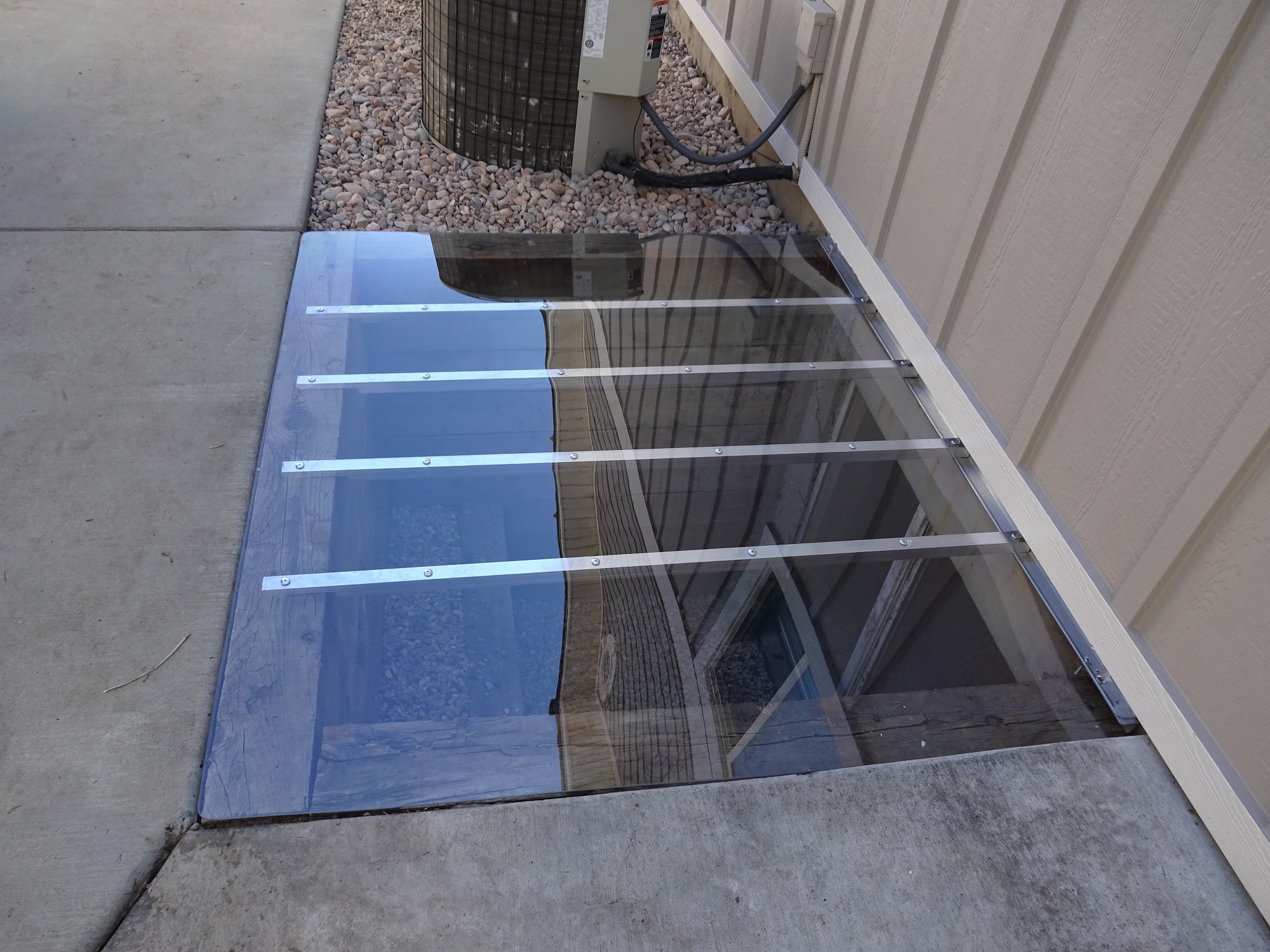 Clear Window Well Covers In Utah Windowell Expressions